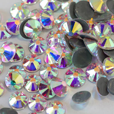 2028 Style 12 Cut Facets Hot Fix Rhinestones Crystal AB